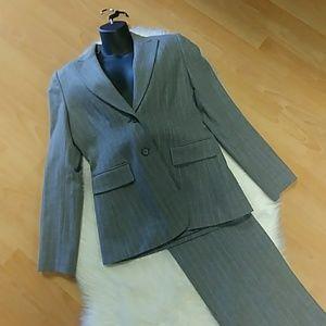 Antonio Melani. Wool Pinstriped Pantsuit